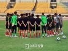 충격적 패배 당한 대표팀, 새로운 마음으로 키르기스스탄전 준비 시작