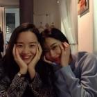 """'사의 찬미' 신혜선X경리, 투샷 공개…""""의외의 조합"""""""