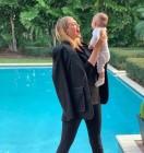케이트 업튼, 딸과 함께한 사진 공개…'일상이 화보'