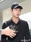 '강제추행 혐의' 이서원, '침묵+굳은 표정' 법정 출석…3차공판 비공개