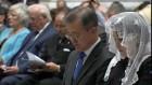 문대통령 프란치스코 예방, 교황 방북 이뤄질까·정계개편 이모저모