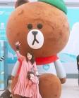 홍지민, 딸과 핑크 원피스 커플룩 입고 '날씬한 근황'