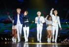 위너, 타이베이 첫 단독 콘서트 '파란 물결 뒤덮었다!' 현지 팬들 깜짝 이벤트에 '감동'