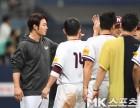 박병호 `동료들과 나누는 2연승 기쁨`