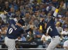 밀워키에 0-4 완패한 LA 다저스, 35년만에 PS서 홈 완봉패 굴욕