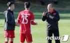 '박항서 효과' 베트남-말레이시아 스즈키컵 결승 1차전, 시청률 4.7% 기록