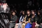 황보·지민·유나·혜정, 미녀들의 패션쇼 관람