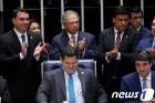 """""""10년간 22조 아낀다""""…브라질 '연금개혁' 의회 통과"""