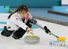 여자컬링, 세계선수권 준결승 스위스에 연장패…동메달 도전