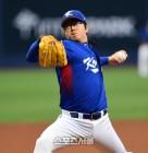 류현진, 김광현 이어 대표팀 에이스 숙명 이어받은 양현종