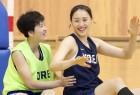 원팀 코리아, 자카르타 향해 '평화의 드리블'