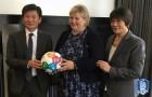 정몽규 회장, UN SDGs에 축구공 전달