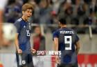 젊은 일본 강했다…우루과이에 4-3 승리