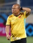 까다로운 상대 말레이시아 대비하는 박항서 감독