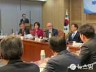"""'38노스' 위트 대표 """"北 비핵화 일괄타결 어려워...단계적 합의 우선"""""""
