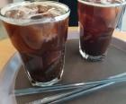 커피 프랜차이즈업계, 일회용컵 규제에 영업이익 직격탄… 우윳값 인상까지 '당혹'