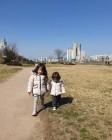 """박주호 자녀 나은 건후 자매, 따사로운 봄햇살 맞으며 나들이... """"미소유발자들"""""""