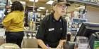 美 식당, 청년보다 노인 채용 더 선호한다