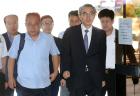 검찰, '공정위 불법 재취업' 정재찬 전 위원장 등 구속기소