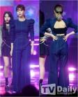 트와이스 정연 '앞은 꽉 막힌 데님패션, 뒤는 쫙 찢어진 반전 패션'