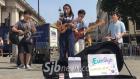 전주 버스킹 그룹 은교, 런던 거리에서 창작곡 공연
