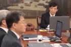 한국은행, 올해 경제성장률 2.7%로 하향…기준금리는 동결