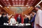 문재인 대통령, 7대 종단 지도자들과 '평화염원' 간담회