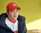 """'입담 본능' 김태훈 """"진중한 마무리, 가능할까요?"""""""