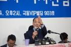 '까'보니 '톡' 수준…전원책 기자회견 '미풍' 된 까닭