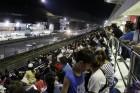 카레이싱 피서객 '나이트 레이스' 제대로 즐겼다..8천여 명 몰려