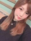 "AKB48 미야자키 미호, ""발렌타인데이라 발렌타인 키스를 선보였어요"""