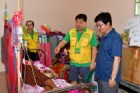 """캄보디아 프놈끄라움 마을 주민들, 수원시 의료봉사단에 """"어꾼 쯔란!""""(감사합니다!)"""