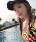 홍진영, 최근 수영장에서 아찔한 글래머러스한 美친 몸매 과시..