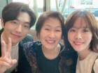 김혜자 나이 실화? 한지민X남주혁과 촬영장 밖 화기애애 셀카 사진 포착!