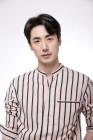 '연극계 베테랑' 이승주, FNC엔터테인먼트와 전속 계약 체결