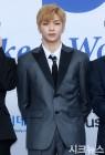 워너원 강다니엘, 아이돌차트 또 1위 '26주째 최다득표'…방탄소년단 지민·뷔·정국 순