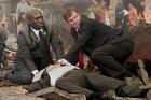 영화 '밴티지 포인트', 대 테러 강력정책 협약을 위한 정상회담…'군중 속 의문의 폭발'