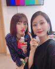 """개코 부인(아내) 김수미, 모델 이현이와 동갑내기 절친…""""오늘 너무 예쁘시네요 이현이님"""""""