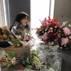 """'슈스스' 한혜연, 가득한 꽃다발에 함박 웃음…""""오늘은 더 행복하네요"""""""