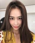 '마이크로닷 ♥' 홍수현, 초밀착 셀카에서도 빛나는 동안美모