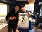 """영화 '청년경찰' 박서준, 손흥민과 친형제 케미 뽐내며…""""Super Sonny fanboy 성덕"""""""