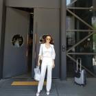 황미나 기상캐스터, 연예인 포스 가득한 출근길 공개…'미모+몸매+패션까지 완벽 그자체'