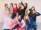 '밸런타인데이 브이앱' 아이즈원, 솔로 위즈원 위로하는 미모…위즈원 보건복지부