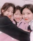 구구단(gugudan) 하나-미미-나영, 부비적 부비적 셀카…'뀨단은 하나정!'