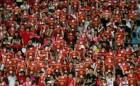 챔스리그 8강전 바르샤-맨유 티켓 값 전쟁…진짜 승리자는 맨유 팬?