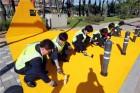도로공사, 김천시에 어린이 안전통학 지킴이 '옐로카펫' 설치