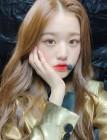 """아이즈원 장원영, 살짝 내민 입술과 깜찍 애교에 심쿵 """"내 맘속 1등은..."""""""