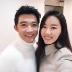 """안재욱, """"알고보니 뮤지컬계 청순 여신"""" 아내 최현주와 셀피 한 컷 '눈길'"""