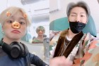 """방탄소년단 깨알 인증샷 """"2019그래미어워드 향하는 비행기"""" 들여다보니"""