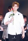 워너원(Wanna One) 강다니엘, '워너블 맘을 설레게 만드는 꽃의 왕자어피치'